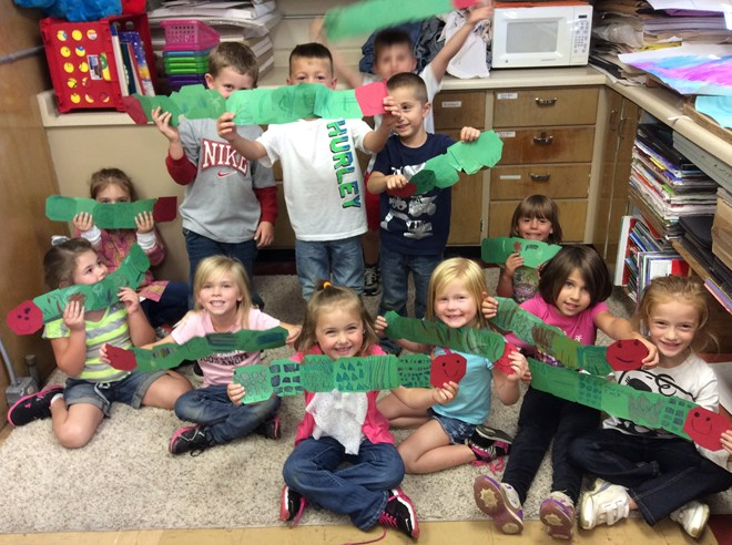 Kindergarten making hungry Caterpillars