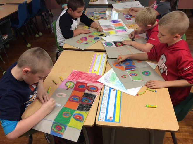 2nd Graders learn about Kandinsky